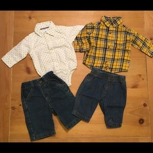 2 Carter's Baby Boy Outfits size 3m